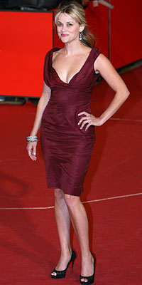 Reese Witherspoon intr-o rochie visinie Nina Ricci