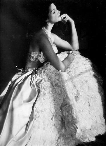 Contesa Consuelo Crespi fotografiata de Henry Clarke, 1952