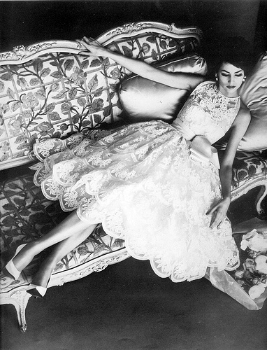 Simone Dayancourt, fotografiata de Henry Clarke in 1959