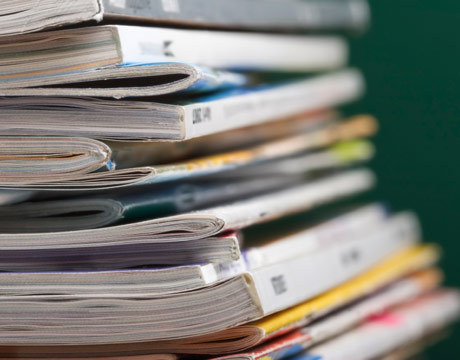 stack-of-magazines-de.jpg