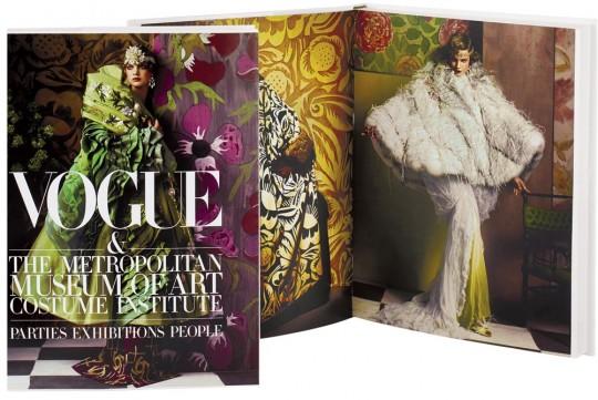 Cinci titluri noi pentru biblioteca de moda: concurs Style Diary & Books Express